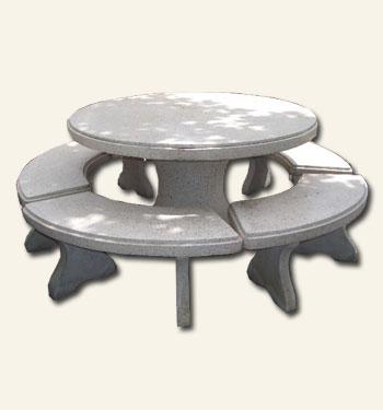 โต๊ะกลมใหญ่หินขัด